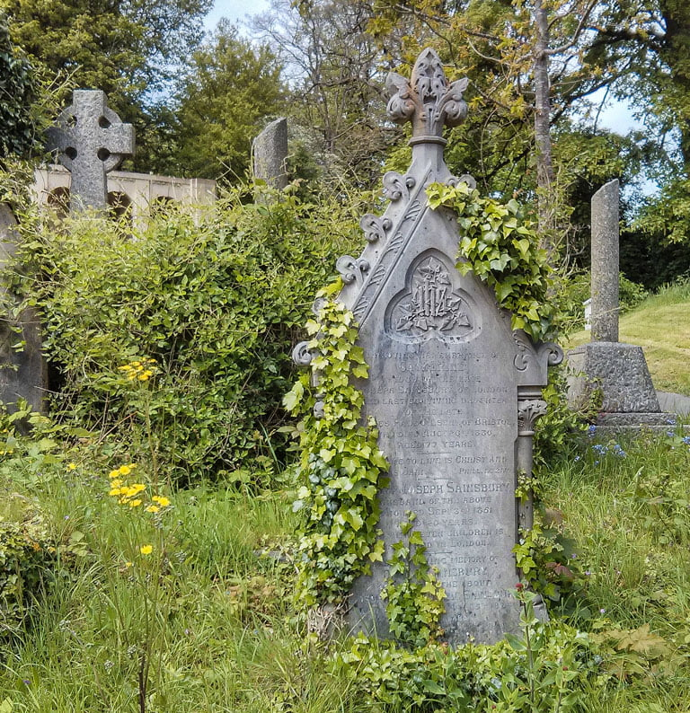 Tombstone in Arnos Vale Cemetery